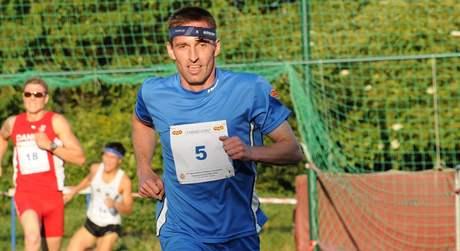 Libor Capalini dobíhá na armádním MS v Praze do cíle svého posledního závodu kariéry