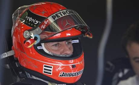 Michael Schumacher z Mercedesu během tréninku na VC Velké Británie