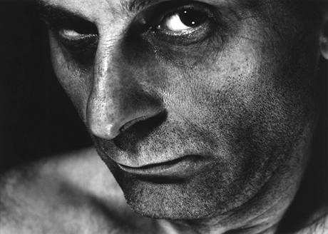 Autoportrét po návratu z vězení roku 1965