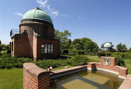 """Ondřejovská hvězdárna – """"český Greenwich"""" v malém."""