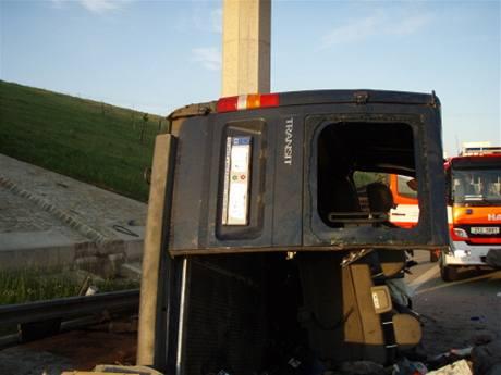 Tragická nehoda dodávky na 332. km D1 (4. července 2010)