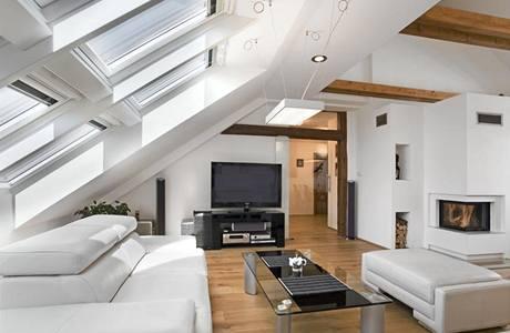 Obývací prostor s kuchyní má téměř 60 metrů čtverečních