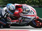 Mistrovství světa superbiků - Carlos Checa ze Španělska na Ducati při tréninku.