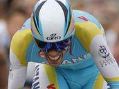 Alberto Contador na trati úvodní časovky na Tour de France