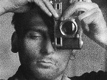 Autoportrét s contaxem