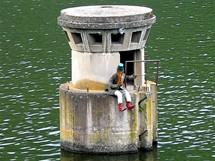 Slapská přehrada, vodník na propusti