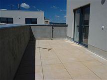 Původní podoba terasy od developera