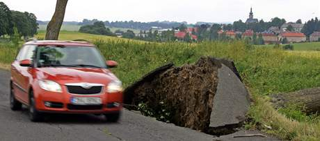 Následky bouřky na Karlovarsku