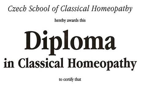 Část diplomu z klasické homeopatie v anglickém jazyce