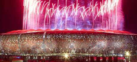 Ohňostroj na oslavu mistrů světa na stadionu Soccer city v Johannesburgu.