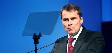 Poražený David Vodrážka při projevu na kongresu ODS. (20. června 2010)