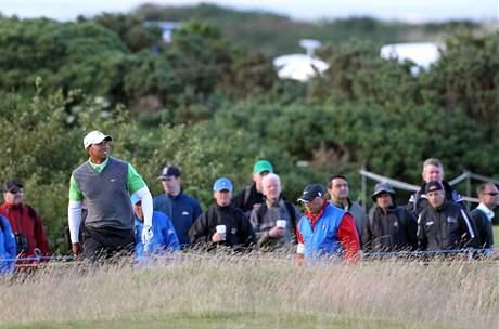 Tiger Woods se na British Open věnuje víc hře než divákům.