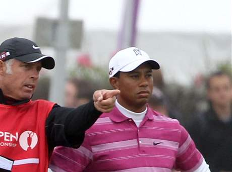 Tiger Woods a jeho caddie Steve Williams, 1. kolo British Open, St. Andrews