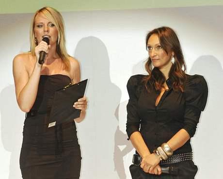 Diana Kobzanová a stylistka a vizážistka Claudie Marčeková