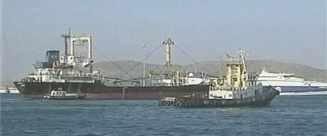 Loď Amalthea, která pluje s libyjskou humanitární pomocí k pásmu Gazy
