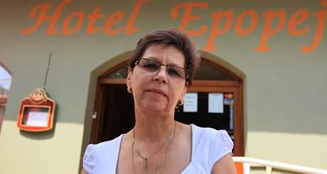 Moravský Krumlov - provozní Hotelu Epopej Marie Štolpová.