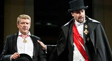 Richard Stanke a Martin Trnavský ve hře Oko za oko.
