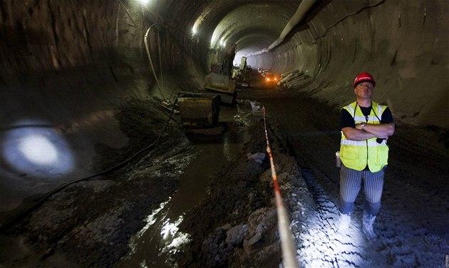 Exkurze se stavební spole�ností Metrostav v tunelu Blanka. Místo propadu