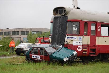 Crastest vlak vs. auto