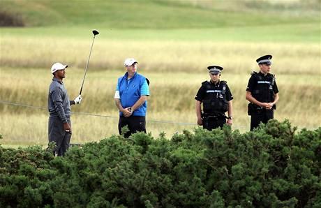Příprava Tigera Woodse na hřišti v St. Andrews před British Open 2010.