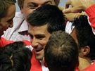 Srbská radost po vítězném daviscupovém utkání s Chorvatskem.