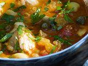 Zeleninová polévka s rybou.