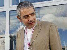 Velkou cenu Británie si nenechal ujít ani herec Rowan Atkinson.