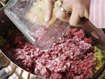 Přidejte i mleté vepřové maso