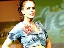 Herečka Andrea Kerestešová jako modelka