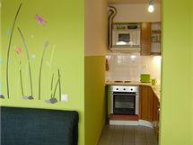 Kuchyně byla v pronajatém bytě již kompletně vybavená
