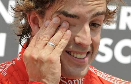 VÍTĚZ. Fernando Alonso z Ferrari se raduje z prvního místa ve Velké ceně Německa.