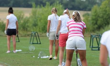 Mistrovství Evropy žen v golfu, Kunětická Hora 2010 - trénink.