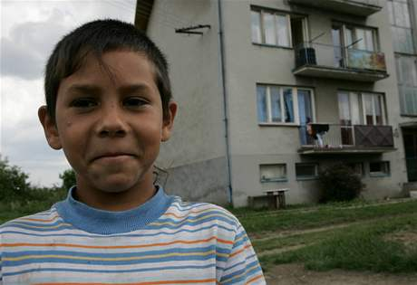 V Uhelné na Jesenicku žije čtyři sta obyvatel, pětinu z toho tvoří Romové.