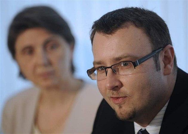 Ministr �ivotního prost�edí Pavel Drobil se svou nám�stkyní Rut Bízkovou
