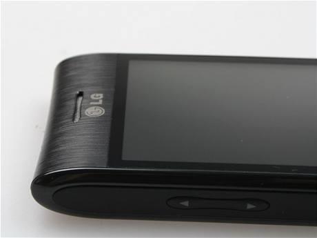 Recenze LG GT540 detail