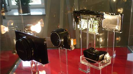 Vnitřek fotoaparátu Panasonic Lumix LX5