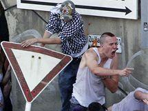 Při tlačenici na Loveparade zahynulo 19 lidí