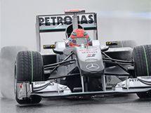 Michael Schumacher při propršeném tréninku na Velkou cenu Německa