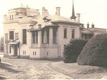 Dobový snímek vily Sklenářky