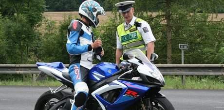 Policisté na Blanensku při dopravně bezpečnostní akci zaměřené na motorkáře.