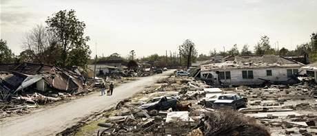 Část New Orleans zvaná Lower Ninth Ward v prosinci 2005 poté, co radní povolili místním návrat domů po ničivých hurikánech Katrina a Rita.