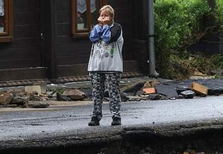 Teprve když voda v Heřmanicích opadla, je vidět, jaké škody napáchala