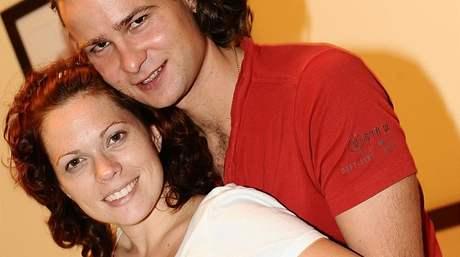 Těhotná Míša Nosková s manželem Janem Horsákem