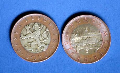 Padesátikorunové mince.