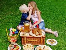 Piknik může být tematický i netradiční.