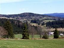 Pohled přes hranici na německou obec Bischofsreuth