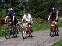 cyklisté u Chalupské slati