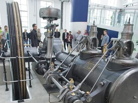 Nový parní stroj v Science centru Techmania v Plzni (17.8.2010)