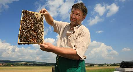 Včelař Miroslav Mašek.