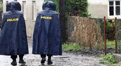 Policie v Hrádku nad Nisou hlídá domy opuštěné po evakuaci.